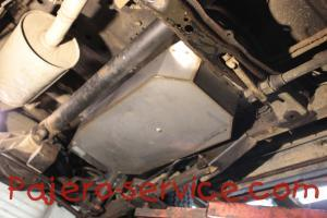 Fuel tank Pajero Sport 1 Stainless steel MR432105 MN120724 MR432106 MR512420 MN120734 MN120735 MR523098 MR473605 MN120722 MN120733 MR135507