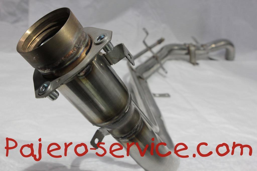 1710A356 Горловина пластик нержавеющая сталь Паджеро 3 Паджеро4