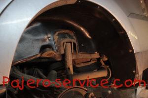 Дополнительная защита колесных арок Паджеро 3